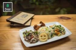 Pinewood Cafe Restaurant